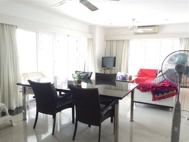 View Talay 6 - 2 bedroom corner for sale - Condominium - Pattaya Central -