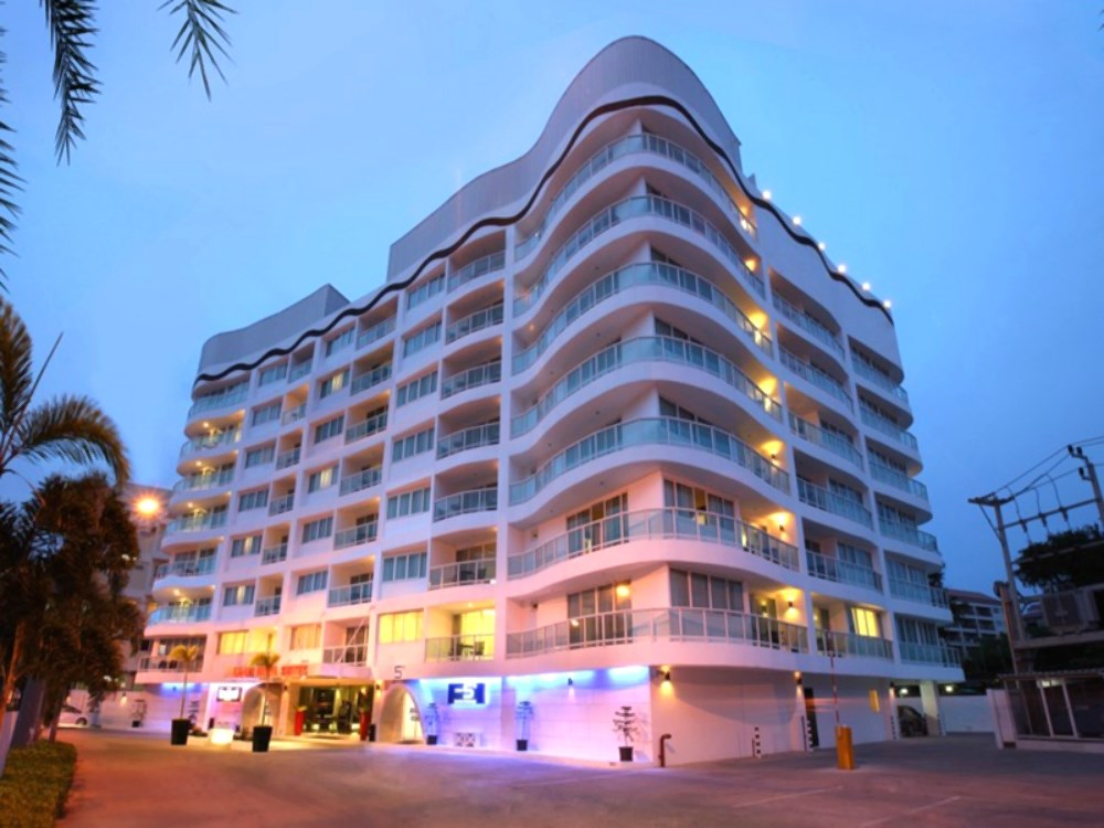 Amari Nova Suites - Pattaya Central