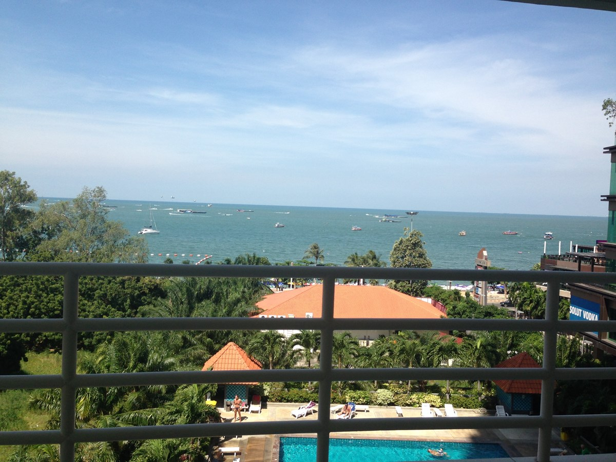 View Talay 6 - 1 bedroom corner for sale - Condominium - Pattaya Central -
