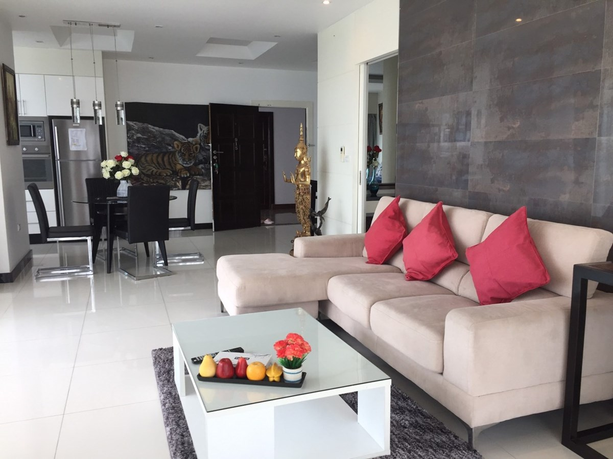 View Talay 6 - 1 bedroom corner unit for sale - Condominium - Pattaya Central - Central Pattaya